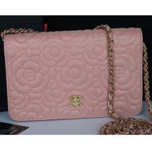 ISO Chanel camellia woc